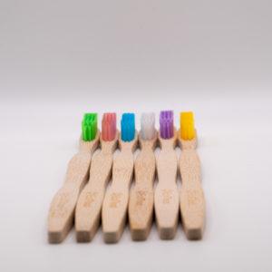 szines fogkefe